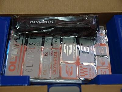 распаковываем Olympus SP-600 UZ