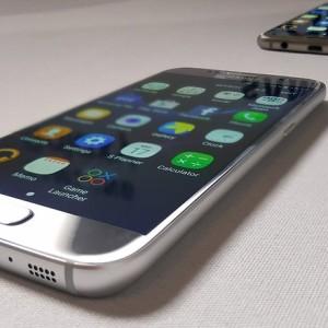 Samsung Galaxy S7: флагман из флагманов