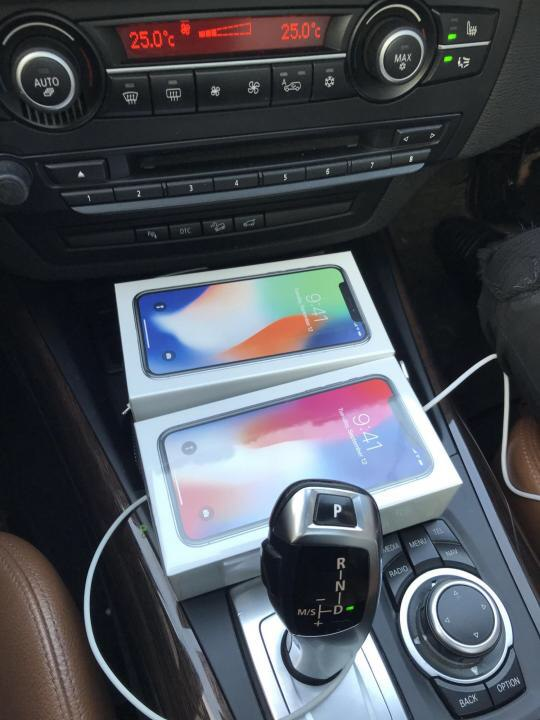 Россияне массово продают iPhone X в сети