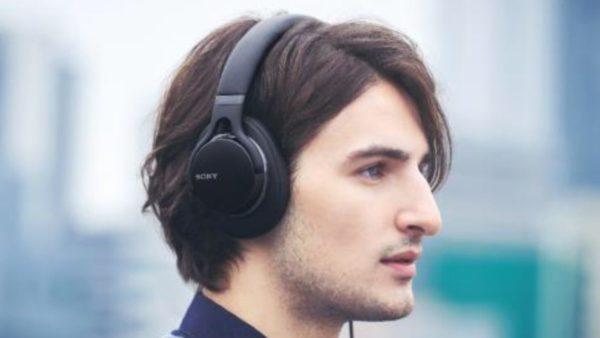 Новые наушники Sony MDR-1AM2
