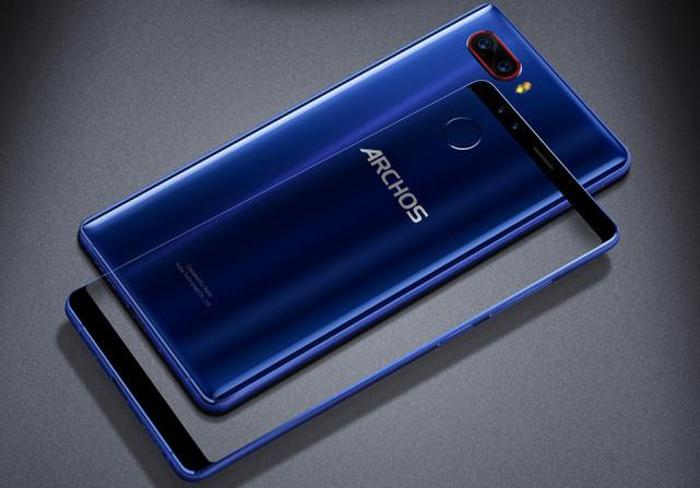 Новый смартфон ARCHOS Diamond Omega