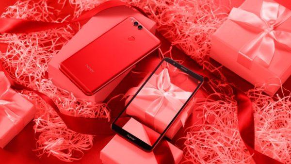 Обновленный смартфон Honor 7X