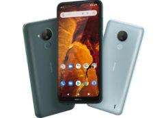 В России начались продажи смартфона Nokia С30