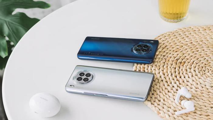 Компания Huawei представляет смартфон HUAWEI nova 8i в России